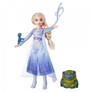 Disney Frozen 2 Elsa Fashion Doll In Travel Outfit With Pabbie and Salamander Figures Clearance Sale
