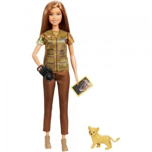 Barbie National Geographic Photographer Playset Clearance Sale
