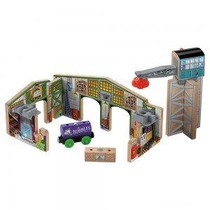 Fisher-Price Thomas & Friends Wooden Railway Creative Junction Slot and Build Clearance Sale